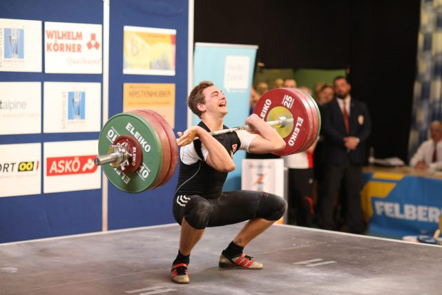 Armin Ritzer bringt 150 kg zur Hochstrecke@Koch Markus ÖGV
