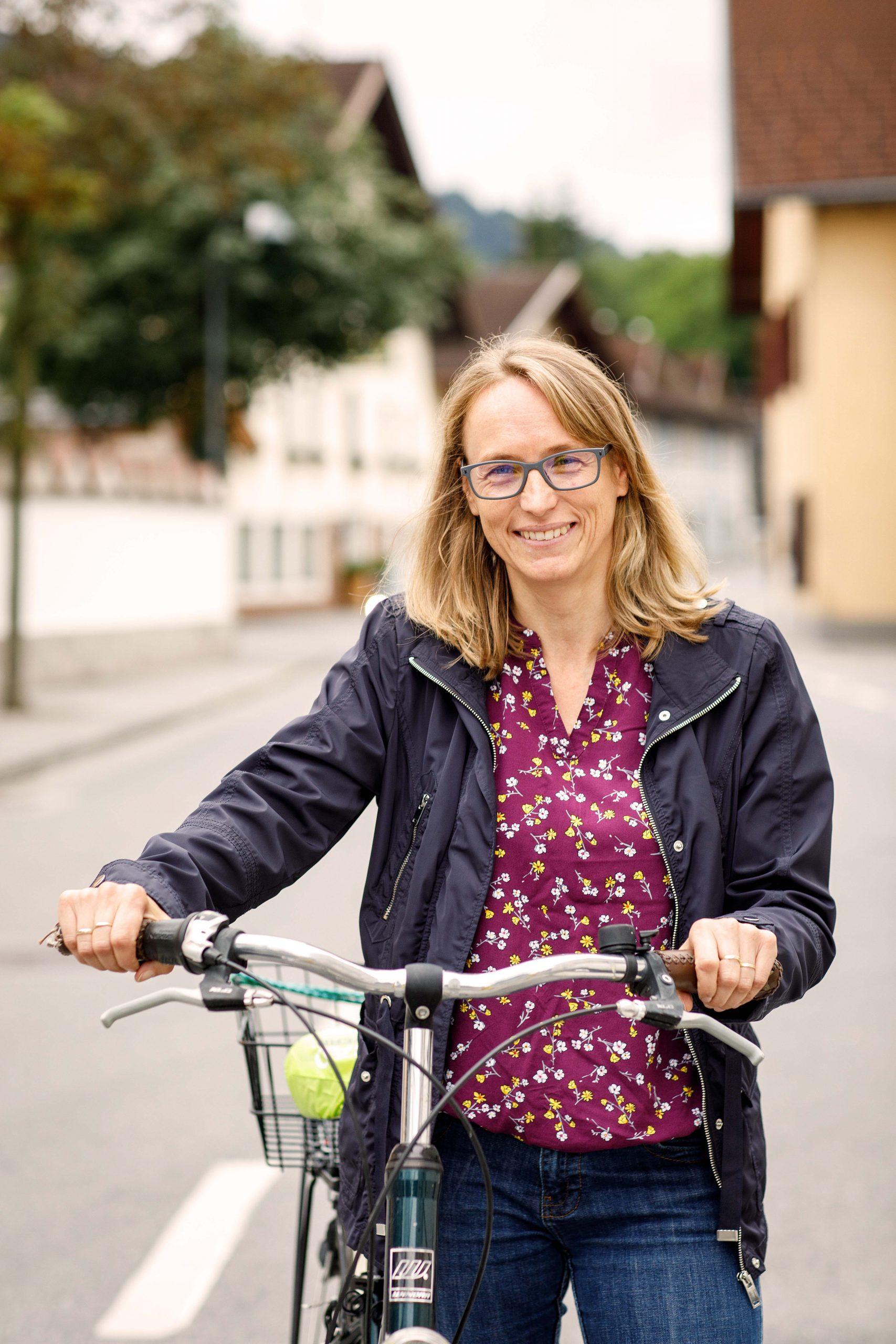 Tirol radelt: Der Tiroler Fahrradwettbewerb feiert heuer seinen 10. Geburtstag. Anmelden unter tirol.radelt.at, Kilometer sammeln und gewinnen!